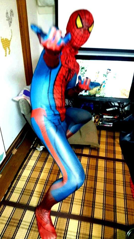 たまにスパイダーマンも現れます。