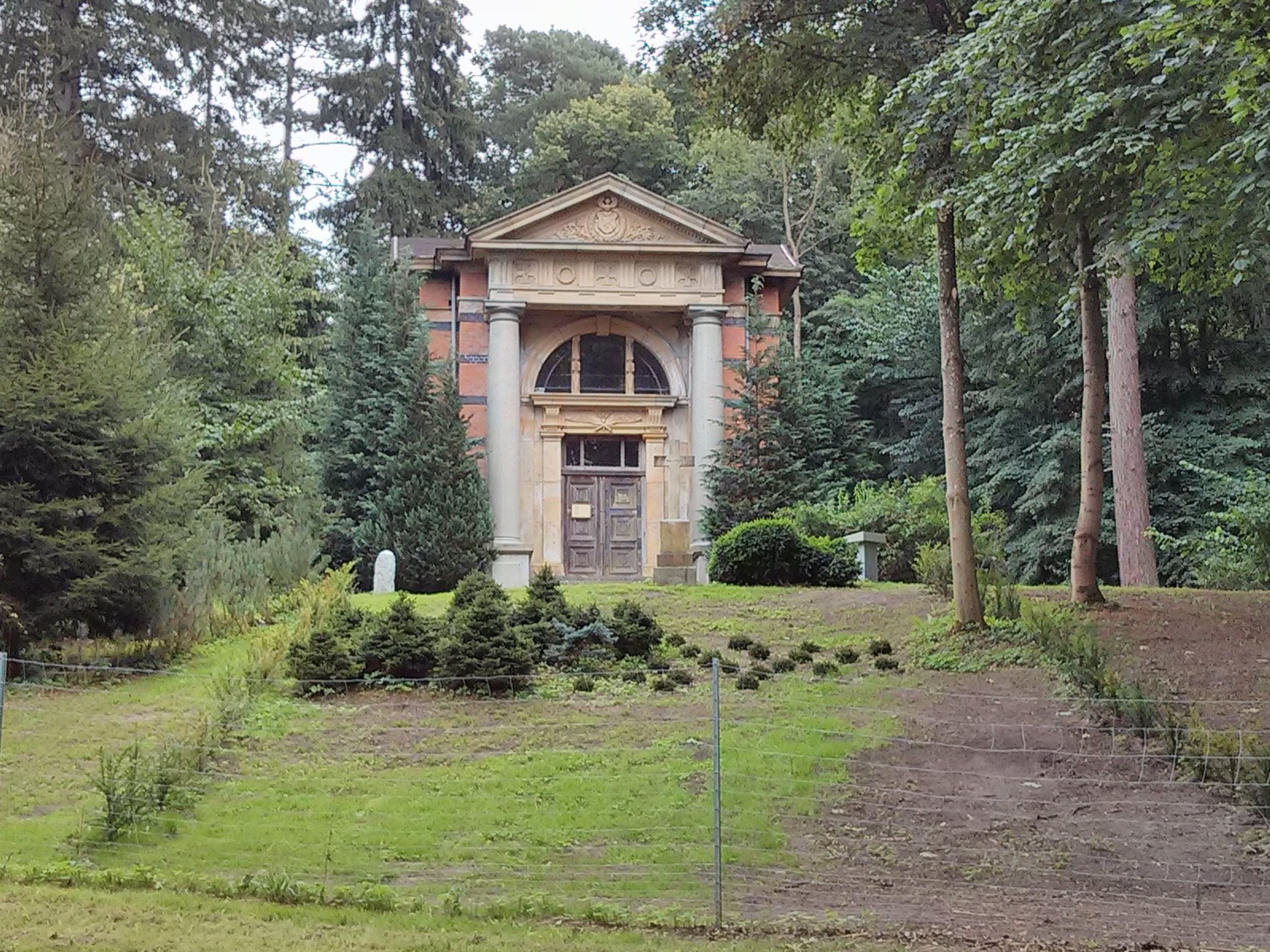 im Schlosspark Kaarz