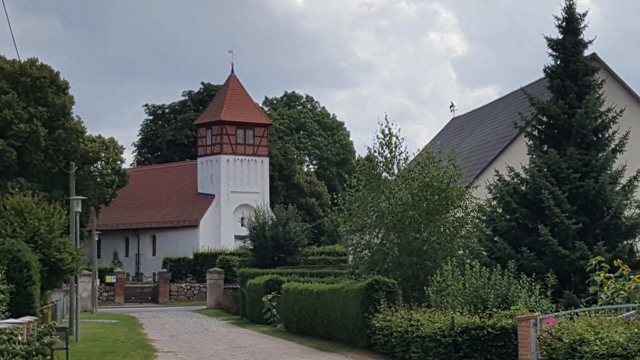 Kirche Lüskow