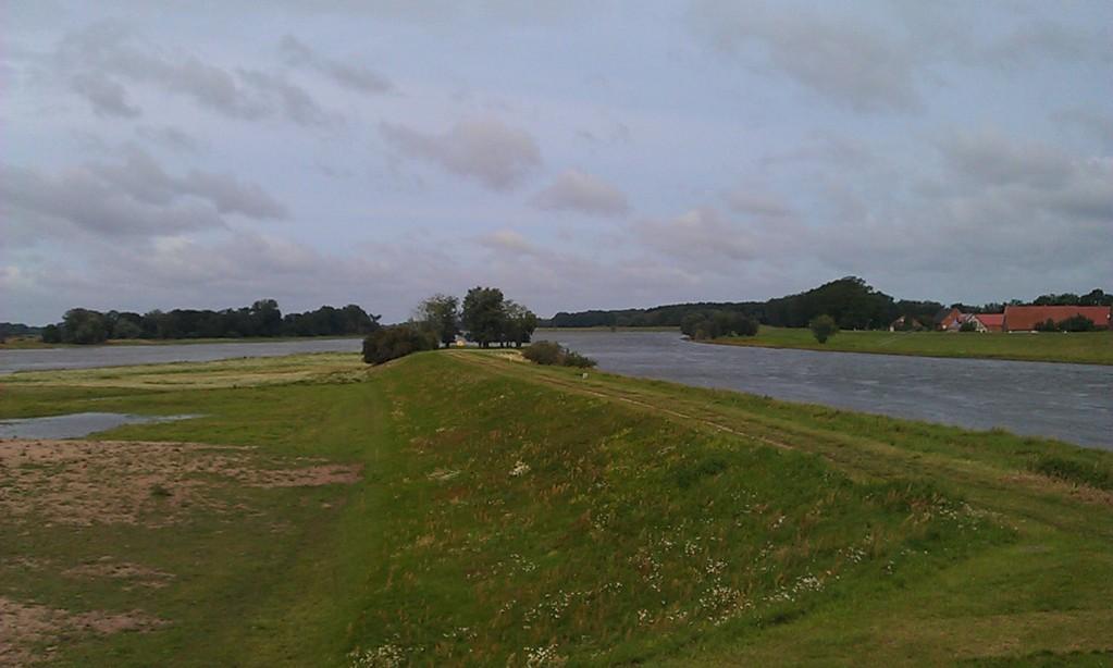Elbe geteilt