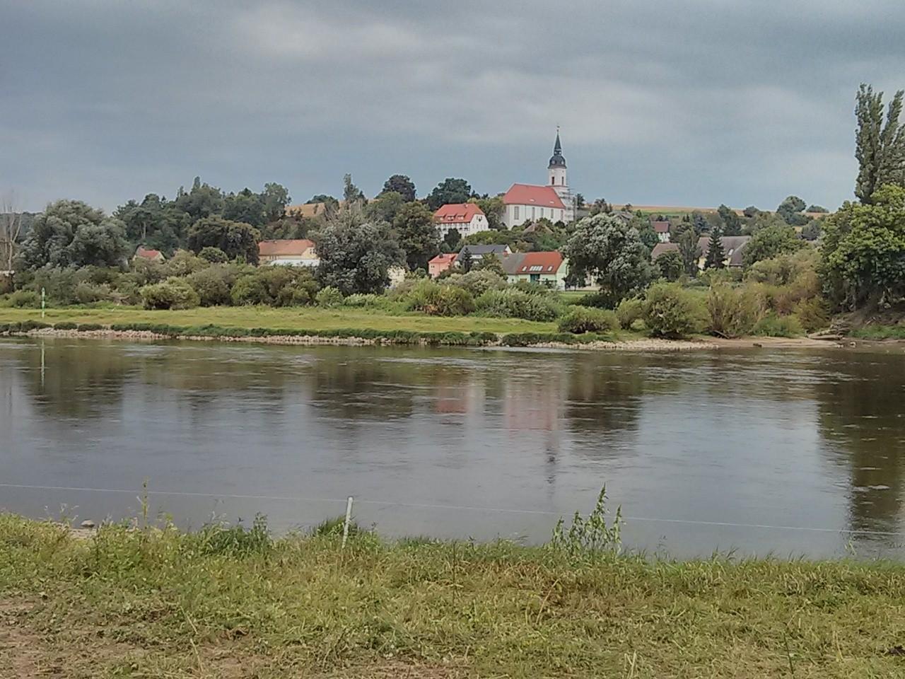 nochmal der Blick über die Elbe