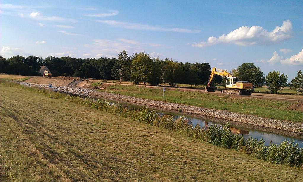 am Schwarze-Elster-Kanal