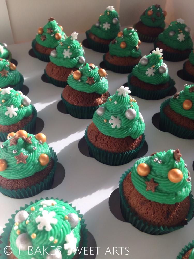 Weihnachts-Mini-Cupcake mit Zimt // X-Mas-mini-Cupcake with cinnamon