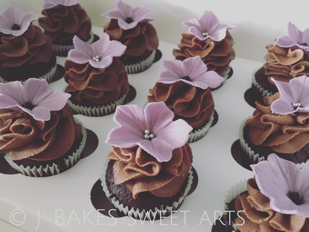 Schokoladen-Mini-Cupcakes // Chocolate-Mini-Cupcakes
