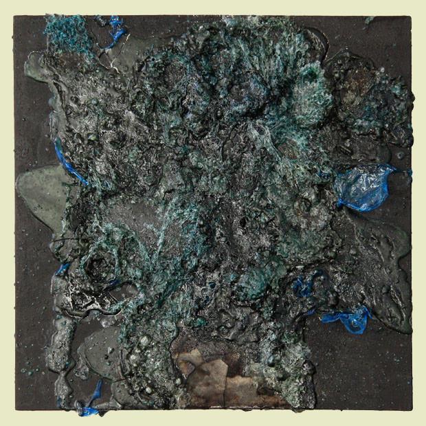 aus der serie verbrannt - 2013 - kunststofffolie auf mdf - 30 x 30 cm