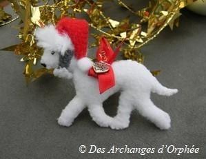 Broche Bedlington de Noël