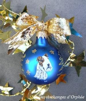 "Boule de Noël ""Saphir"""
