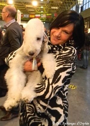 Une sympathique maîtresse de Scottish Terrier venue supporter Olga dans le Ring d'honneur à l'Eurodogshow de Courtrai.