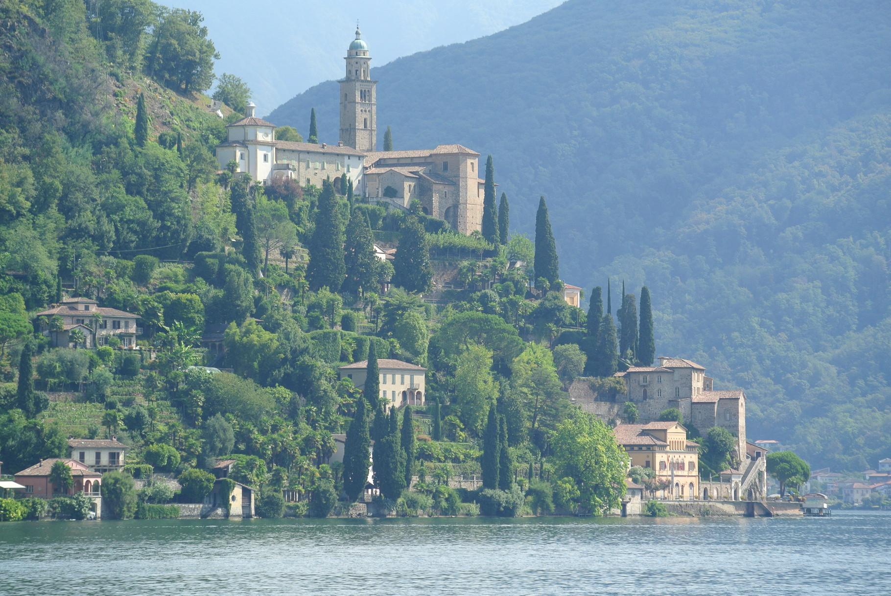 Vista su Morcote ( Lago di Lugano)