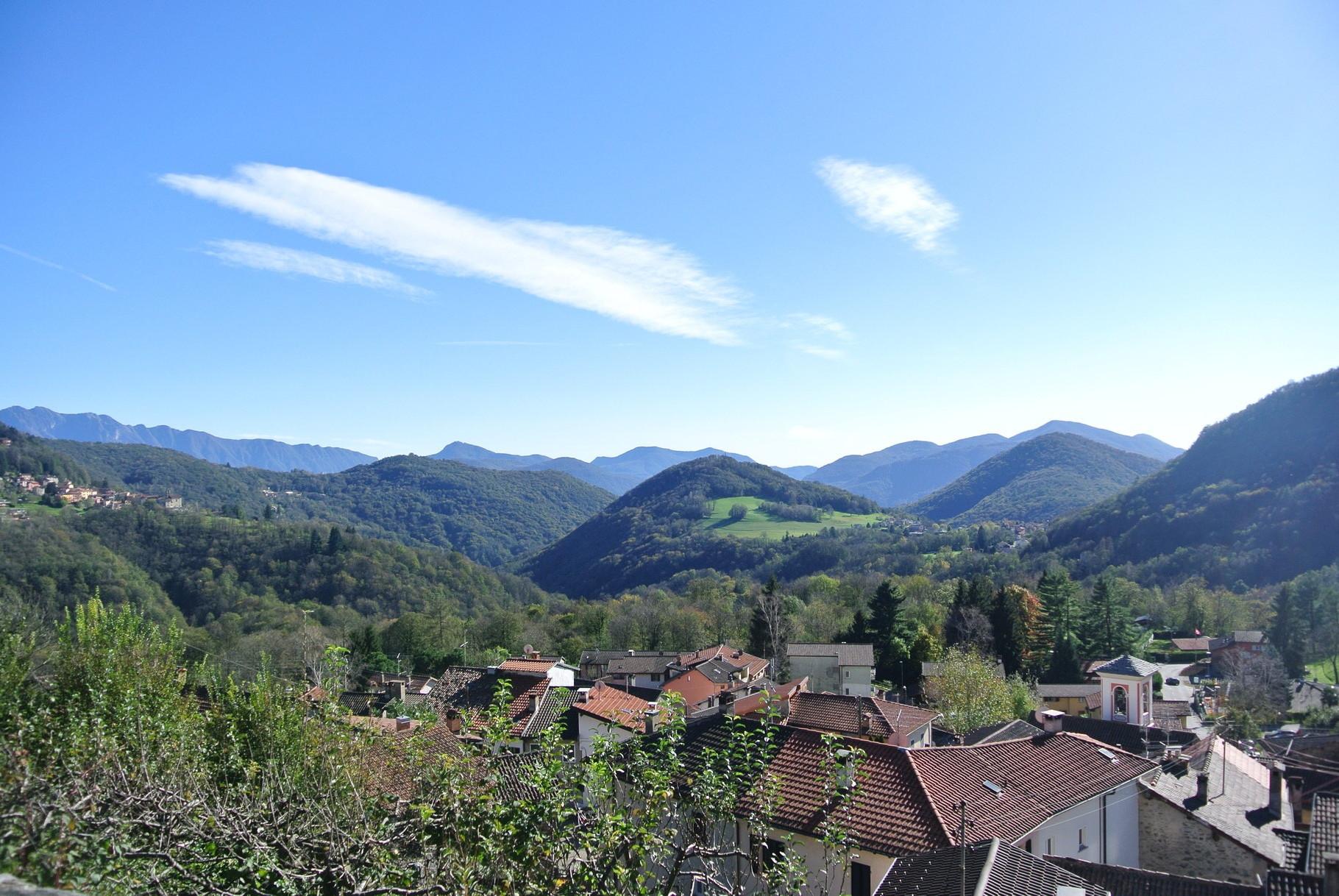 vue de l'église Santo Stefano Al Colle