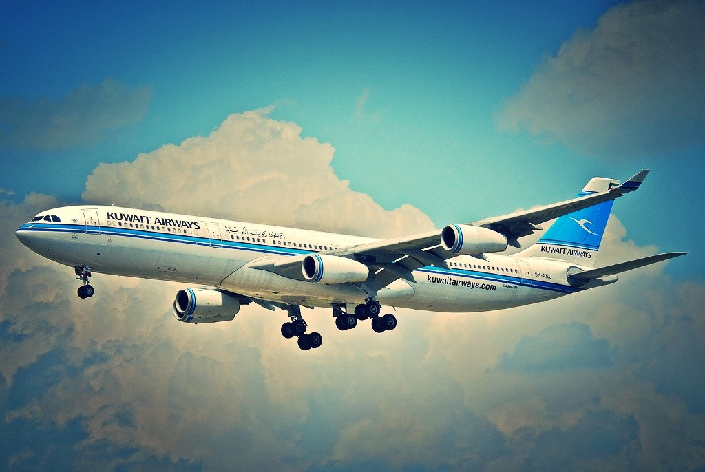 kuwait airways a340-300