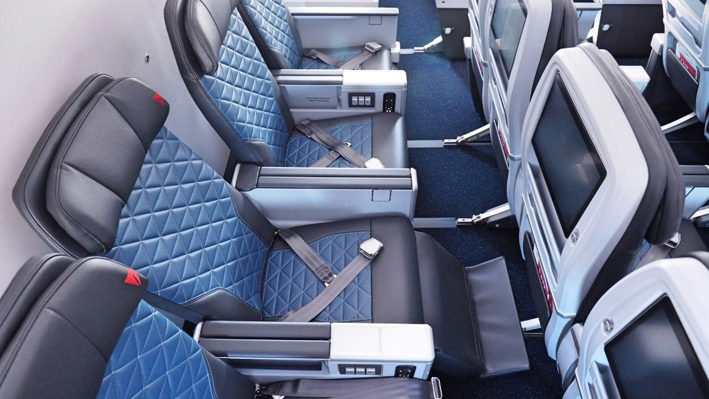Review: 10 Delta Air Lines facts you should know