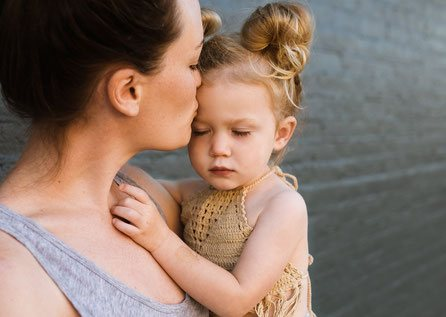 Die Bindung zur Mutter ist das Wichtigste für ein Kind.