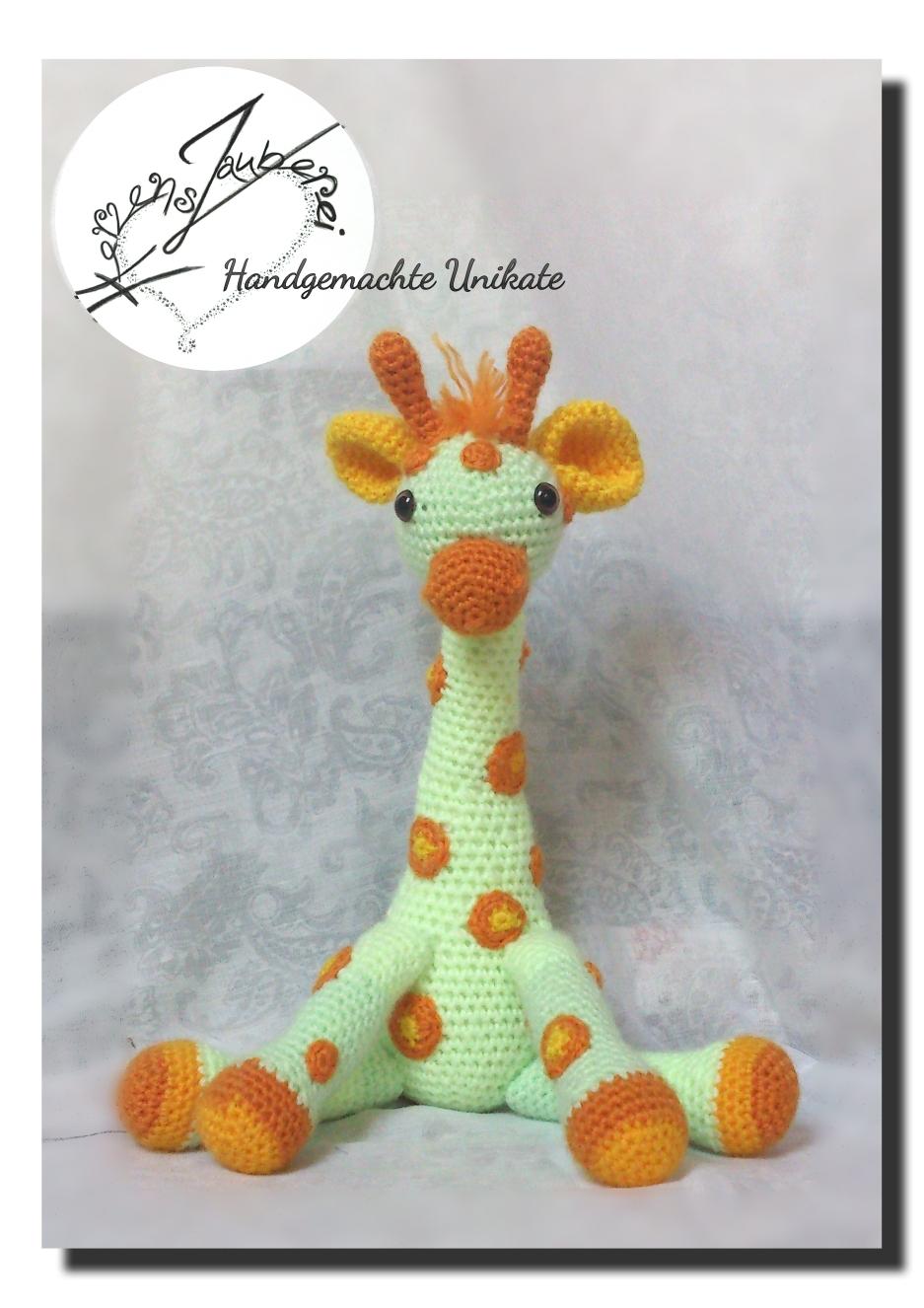 Giraffe ca 28cm gross, mit Rassel und Knisteröhrchen auf Wunsch. Chf 48.-