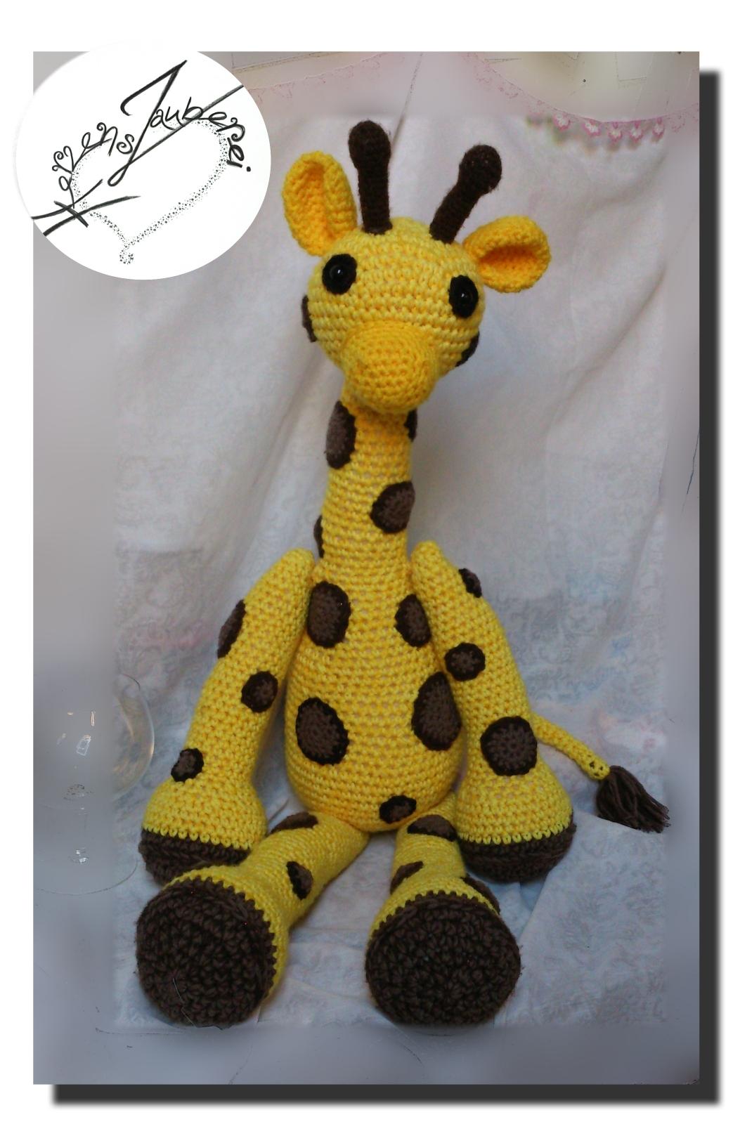 Giraffe sitzend ca 55cm gross. Preis auf Anfrage
