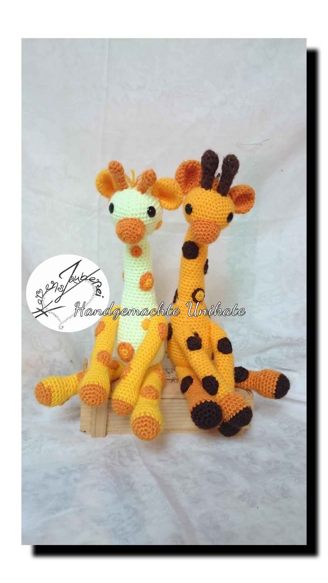 Rasselbande, Giraffen können auf Wunsch mit einer Rassel ausgestattet werden. Sind ca 28cm gross, Chf 45.-