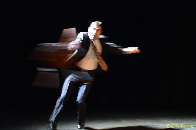 Gros-Câlin de Romain Gary (Emile Ajar) - Denis Rey - Cie La nuit se lève 11©GuyBernot