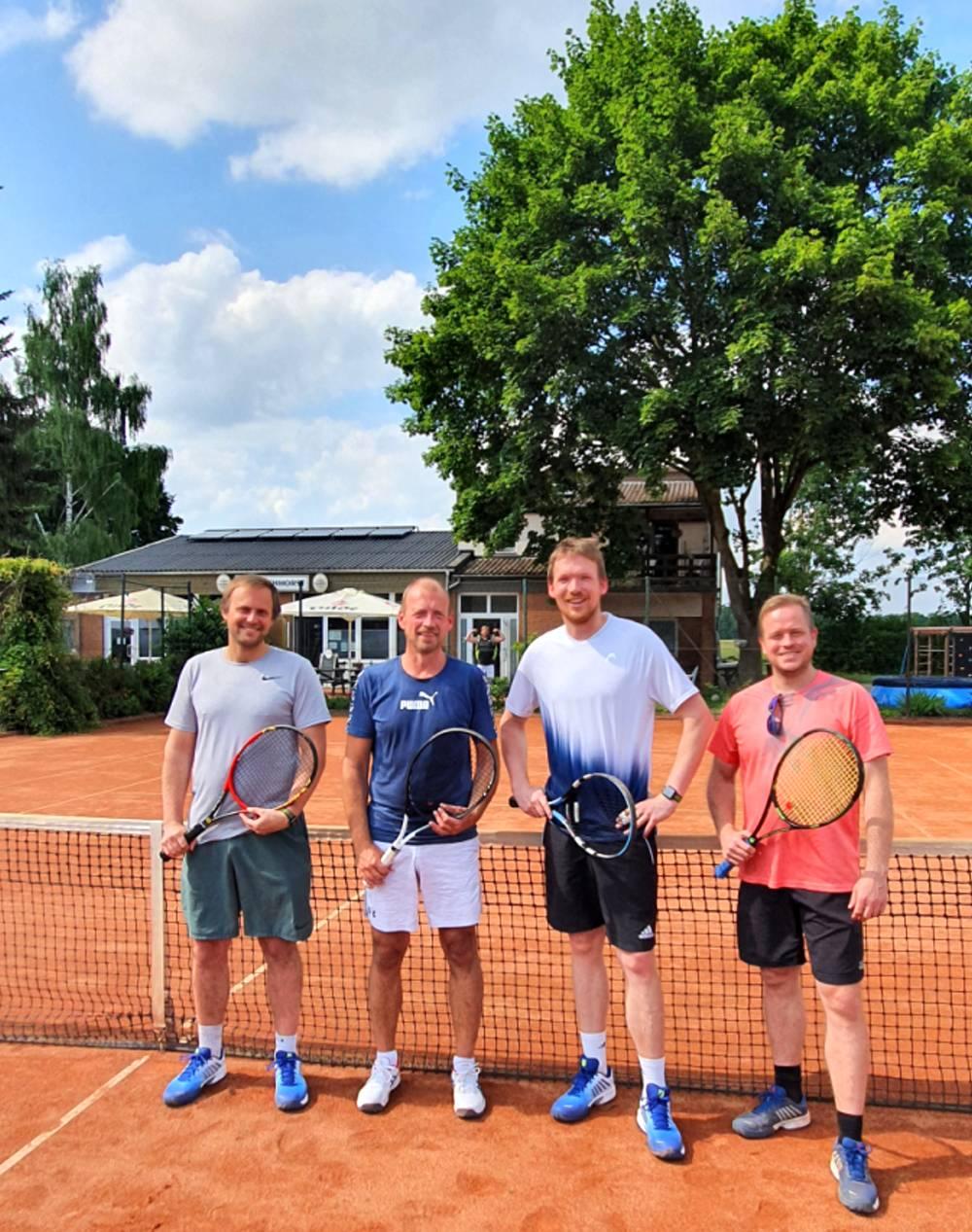 Herren 30 der SSV Tennissparte in Isernhagen auf Erfolgkurs