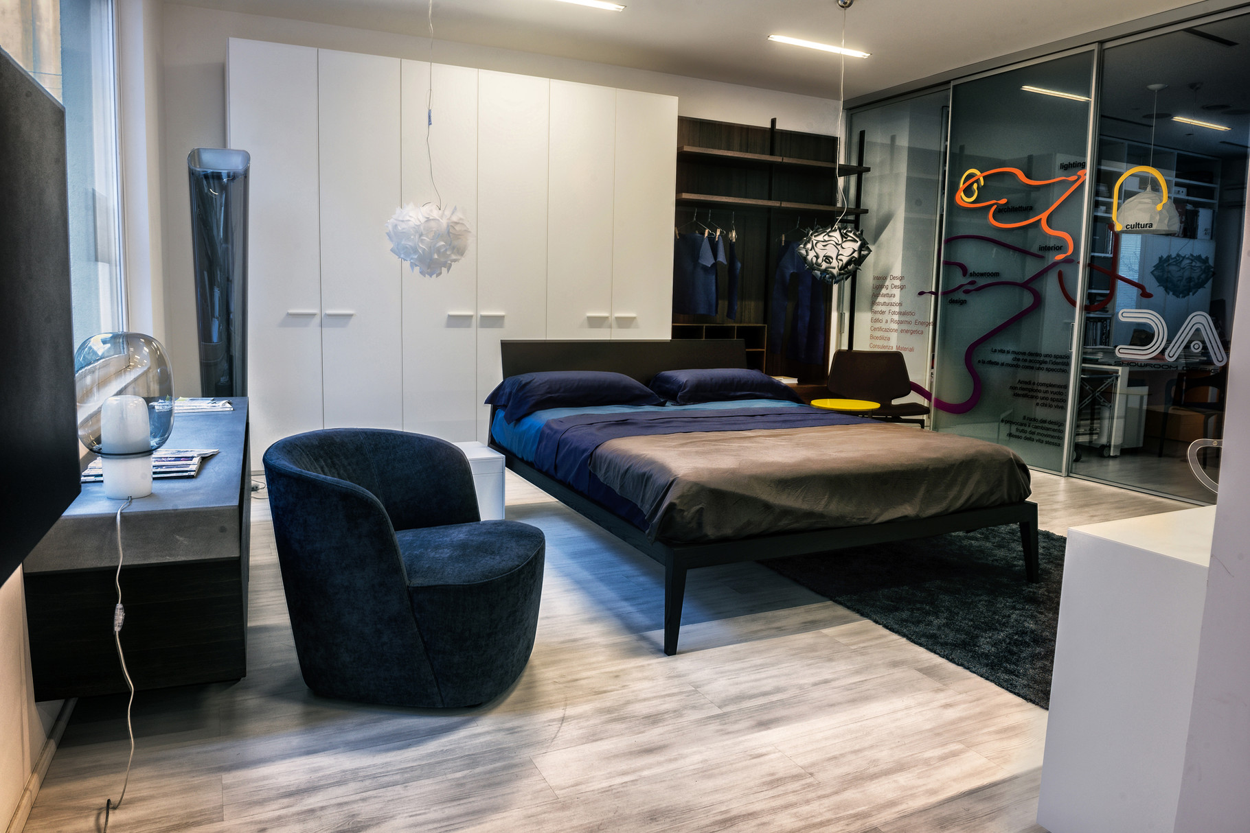 Arredamenti e mobili di design da interni s a s for Casa tua arredamenti