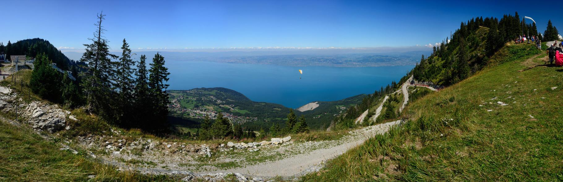 Sur les hauteurs du Lac Léman. 160°, 30 photographies.