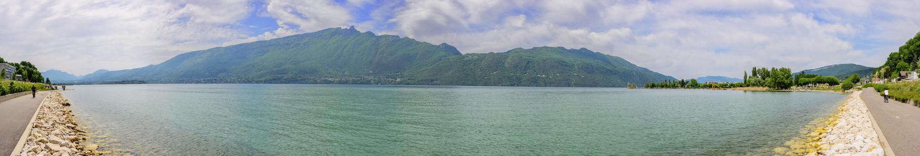 Lac du Bourget depuis Aix-les-Bains. 180°, 13 photographies.