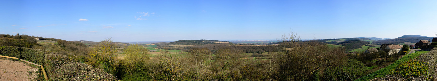 Vue sur Chalon sur Saône depuis la commune d'Aluze. 140°, 9 photographies.