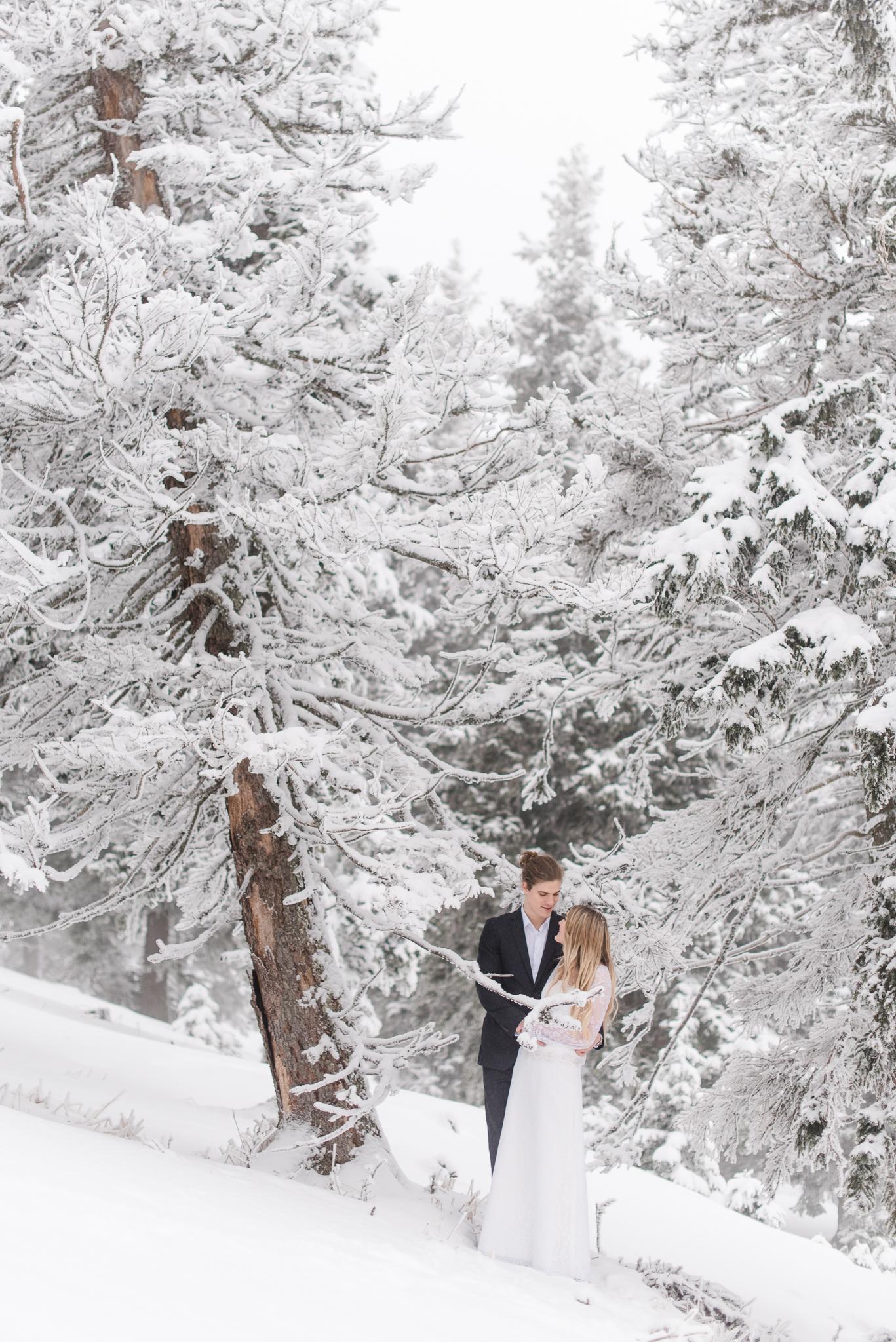 Winterhochzeit am Berg