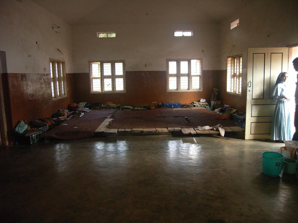 Schlafraum der Mädchen. Kinderheim in Iduvally