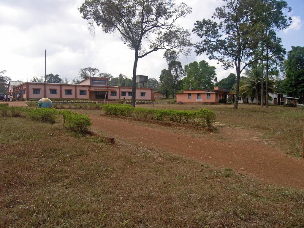Schule in Iduvally