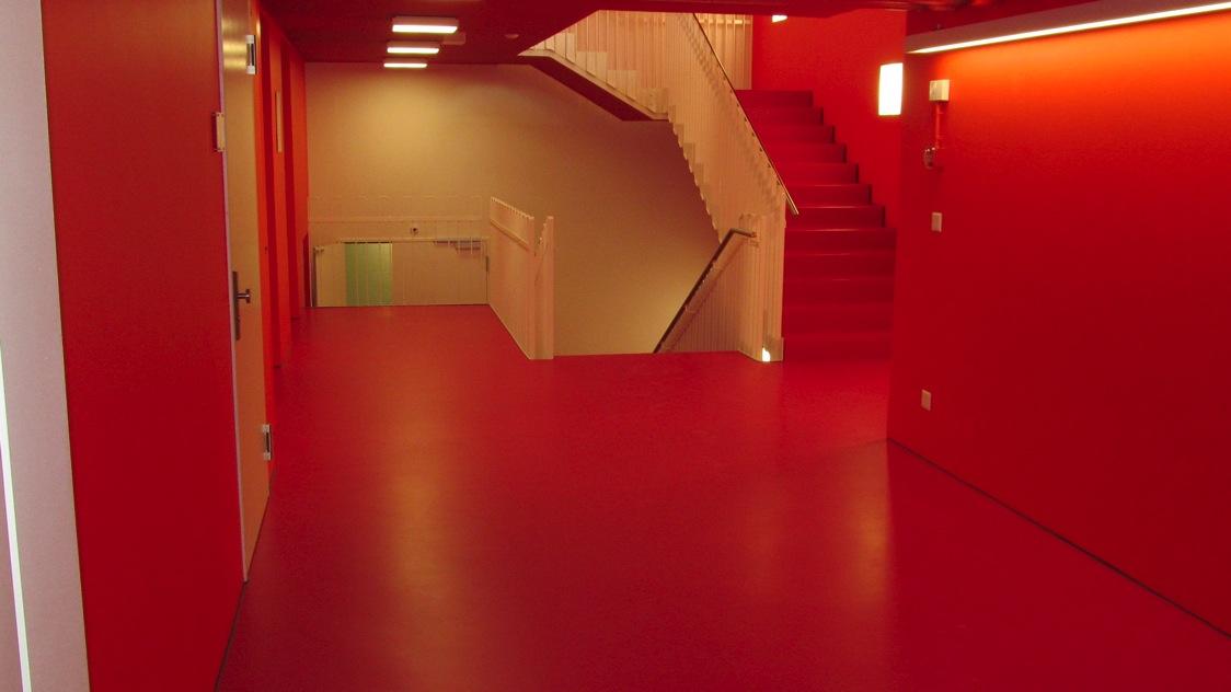 EUBOSOL PU-Fliessharzbelag (Verwaltungsgebäude inkl. Treppen)