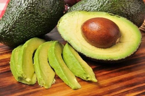 El aguacate, remedio natural contra el colesterol