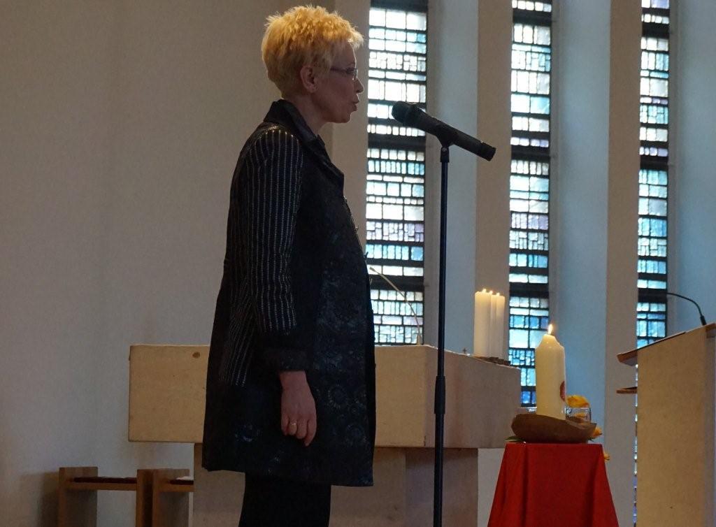 Landtagspräsidentin S.Bretschneider hält persönliches Grußwort