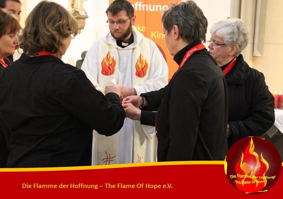 Entzündung der Flamme der Hoffnung - The Flame Of Hope