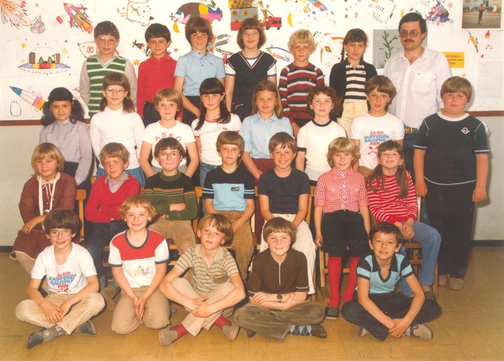 1982 - 83 _ Klasse 3a
