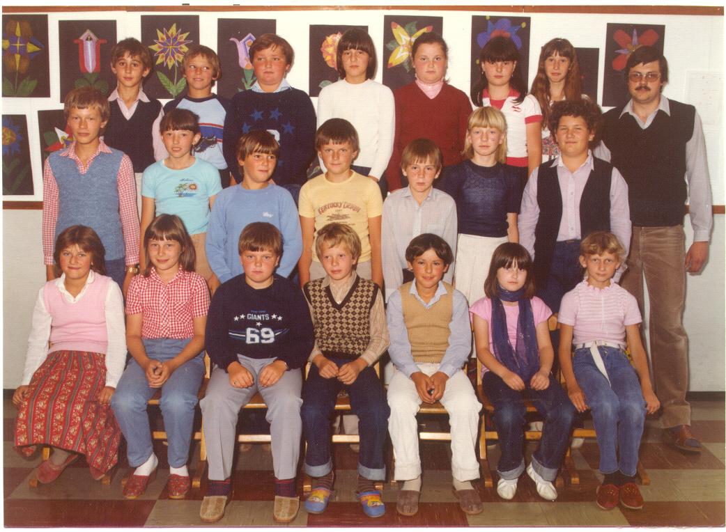 1981 - 82 _ Klasse 4b