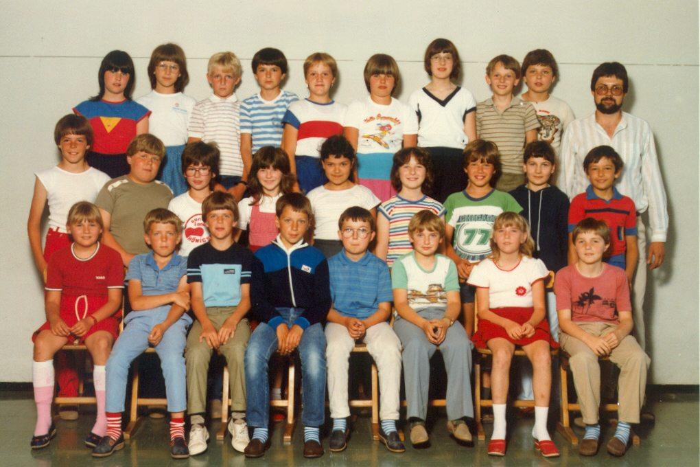 1983 / 84  *  Klasse 4a *