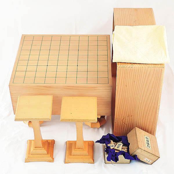 将棋盤と駒のセット◆5寸/約14.5cm 足付き/一枚板◆駒台付き 倉敷玉島店で買取しました。