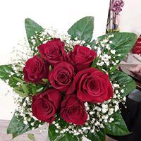 Ramo de novia con rosas y paniculata. A partir de 20€