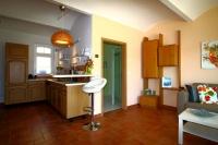 Wohnbereich + Küche