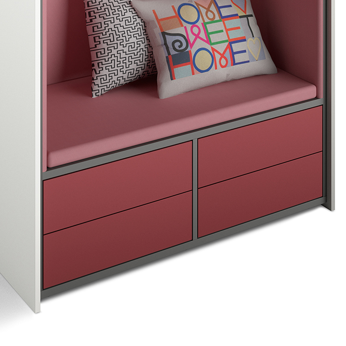 The lower compartments in the beach chair can be optionally equipped with drawers.
