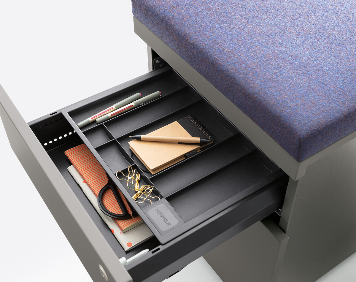 Material tray + seat