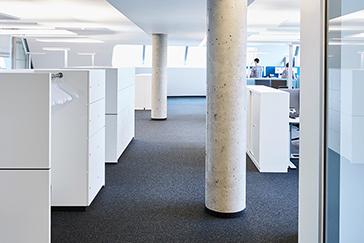 Office furniture Europcar