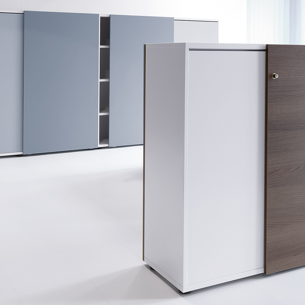 The cupboards are available with sliding doors on one or both faces.