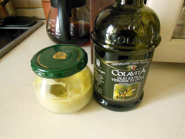 蜜蝋ワックスとオリーブオイル