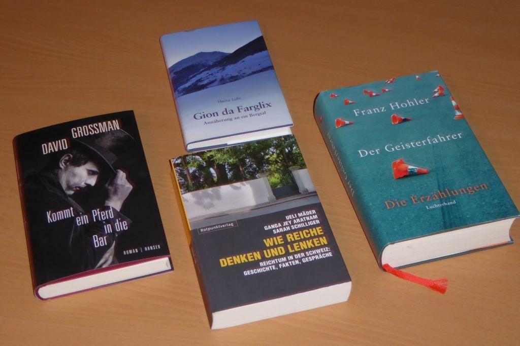 """Mai 2016: Die im November 2015 eröffnete """"Kleine Dorfbibliothek""""..."""