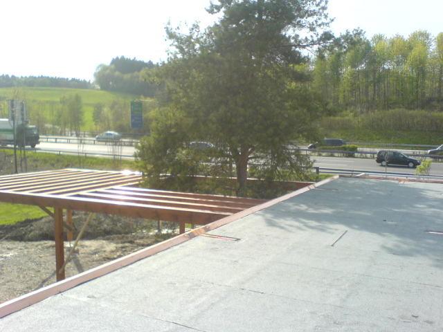 Terrassenüberdachung Autobahnraststätte