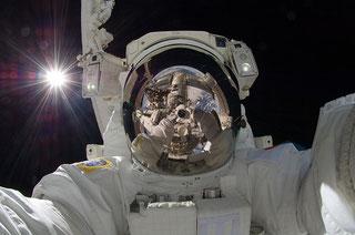 astronaute contact conferencier intervenant