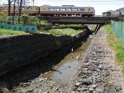 西武新宿線橋梁下流