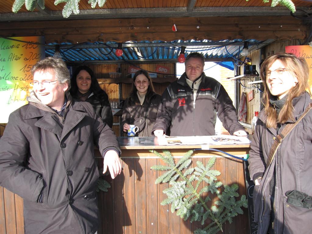 Weihnachtsmarkt Schönau - am SPD Stand