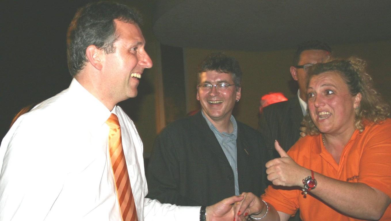 Wahlsieg! Dr. Peter Kurz wird Oberbürgermeister!